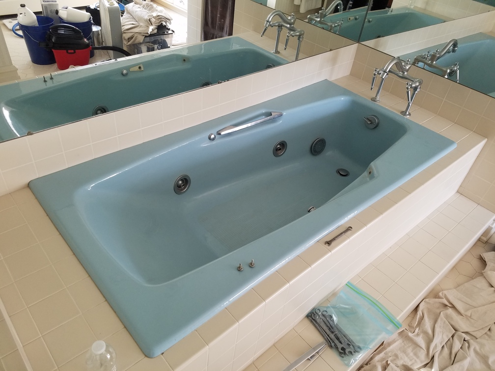 Refinished Jacuzzi Tub In Blue Before